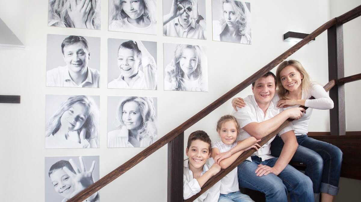 Wall Decoration With Photos Ideas